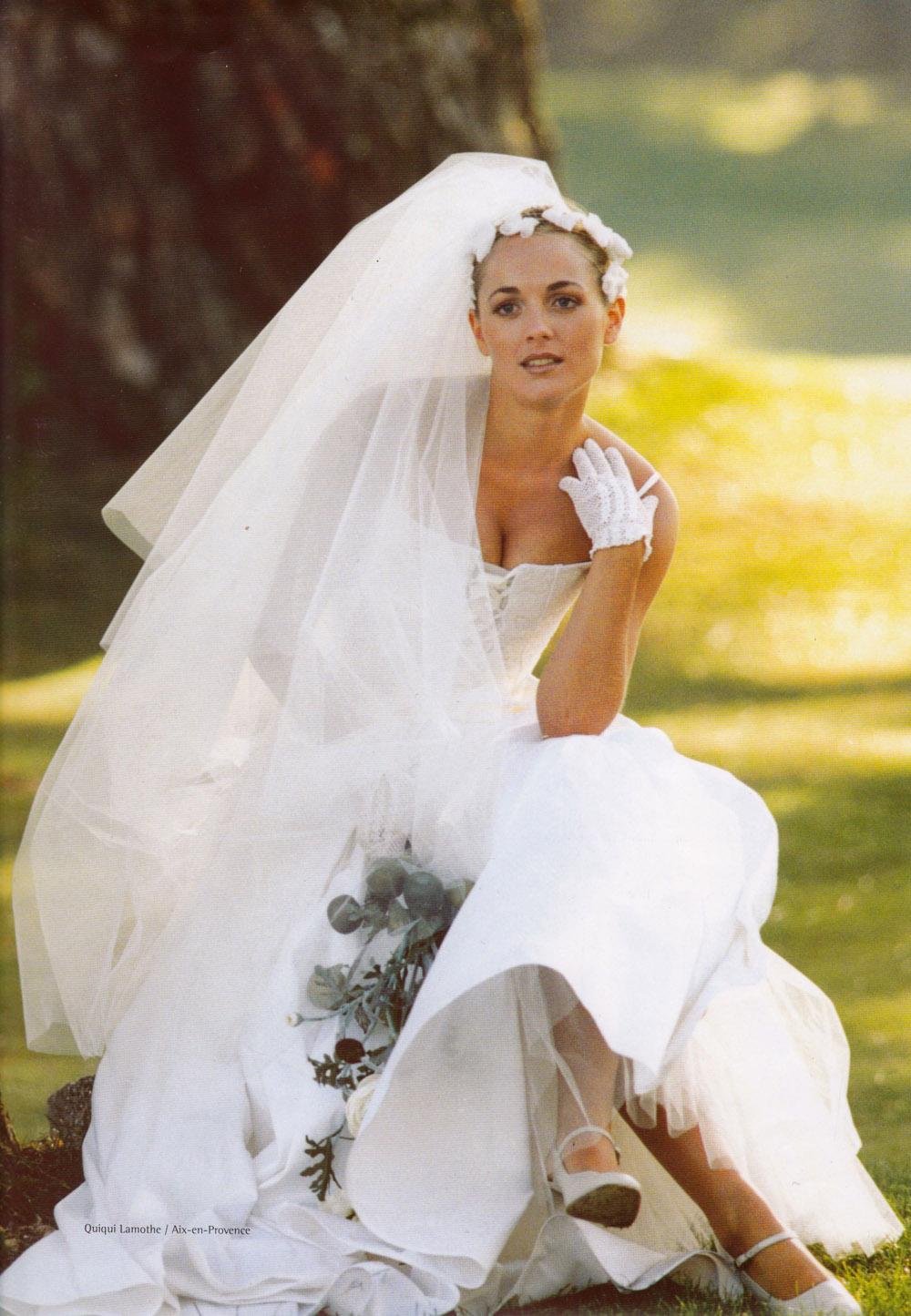 creatrice-quiqui-lamothe-robe-de-mariee-luxe-bustier-dentelle-champetre-haute-couture-mariees-de-aix