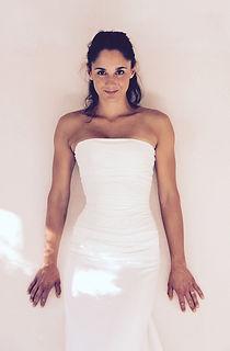 Robe de mariée Quiqui Lamothe bustier simple en soie drapé, longiligne et fluide