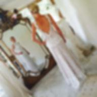 Robe de mariée dentelle à traine, notre robe dos nu 'chèvrefeuille' revisitée ensur mesures avec une longue chute de reins boutonnée dos