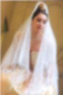 Robe de mariée Quiqui Lamothe dorée bustier lacé devant, dentelle, organza et galons, voile romantique