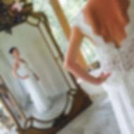 Robe dentelle Quiqui Lamothe, notre robe Vintage revitée sur mesures avec un plus grand décolleté dos