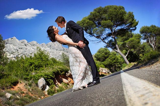 Robe de mariée dentelle Quiqui Lamothe jupon nude esprit mariée de Provence