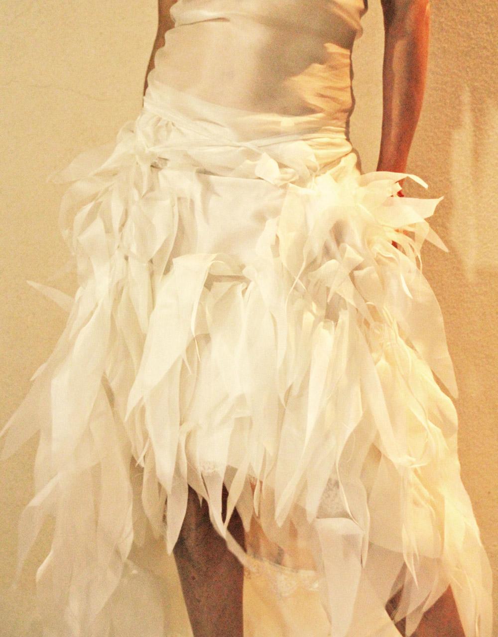 robe-mariee-originale-transparente-legere-effet-plume-organza-boheme-chic-quiquilamothe-aix-en-prove