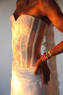 Bustier Quiqui Lamothe transparent de mariée en organza, plastron dentelle