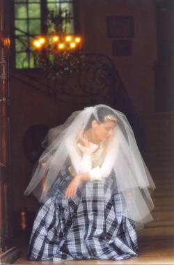 angelique-robe-de-mariee-createur-noir-blanche-mariees-de-aix-en-provence-luxe-haute-couture-quiqui-