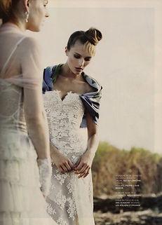 Robe de mariée bohème bustier et dentelle