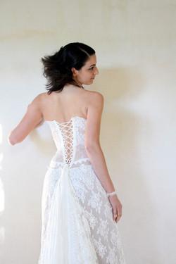 robe-mariee-bustier-transparent-organza-dentelle-dos-lace-quiquilamothe-aix-en-provence-13-var-vaucl