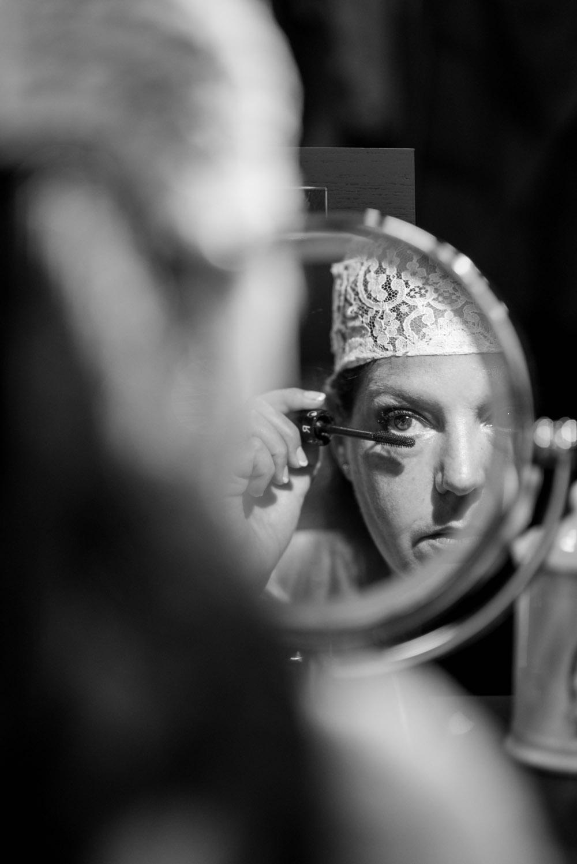 quiquilamothe-createur-aix-en-provence-bonnet-dentelle-calais-mariee-saraami-photographe-mariage-par