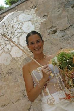 creatrice-quiquilamothe-robe-mariee-aix-en-provence-bustier-boheme-chic-champetre-traine-soie-sauvag