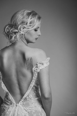 4-quiqui-lamothe-creatrice-designer-robes-de-mariees-boheme-de-provence-dentelle-legere-transparente