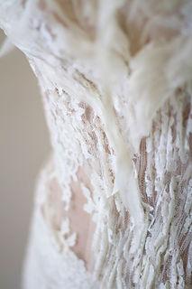 Bustier de mariée Quiqutransparent avec plissé de dentelle de calais Lamothe