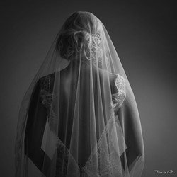 6-voile-quiqui-lamothe-creatrice-designer-robes-de-mariees-de-provence--dentelle-legere-transparente