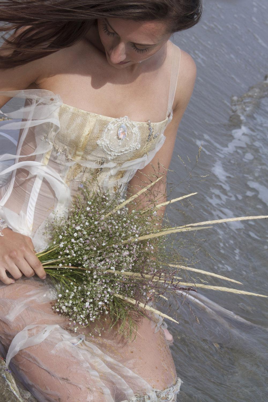 water-filledeleau-swarovski-creatrice-quiqui-lamothe-mariees-de-provence-arrosoir-de-margaux-magali-
