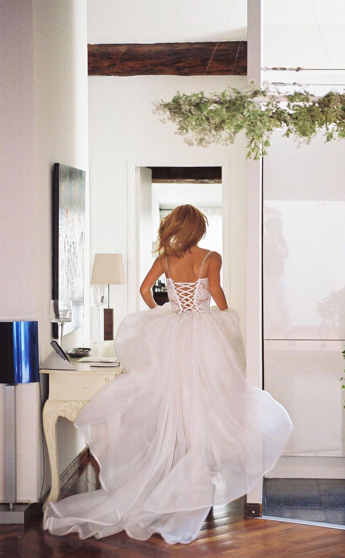 creatrice-quiquilamothe-robe-mariee-princesse-aix-en-provence-bustier-dentelle-feliciacisco-photogra