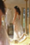 Robe de mariée dentelle Quiqui Lamothe sur mesures corset pour femme enceinte, jupon nude