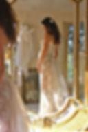 Robe de mariée Quiqui Lamothe bustier sur mesures pour mariée enceinte, dentelle sur organza et jupon nude