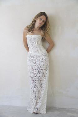 robe-mariee-bustier-dos-nu-lacee-boheme-vintage-sur-mesures--couture-quiquilamothe-createur-atelier-