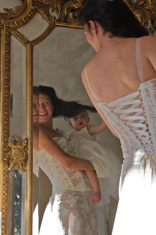 robe-mariee-mamanenceinte-bustier-dos-lace-sur-mesures-boheme-vintage-couture-quiquilamothe-atelier-