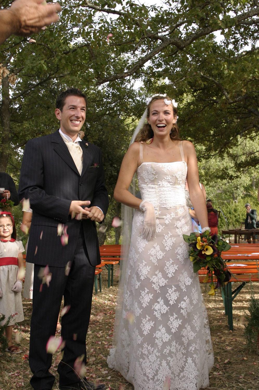 mariage-joie-nature-boheme-sivergues-quiquilamothe-robe-mariee-aix-en-provence-corset-bustier-dentel