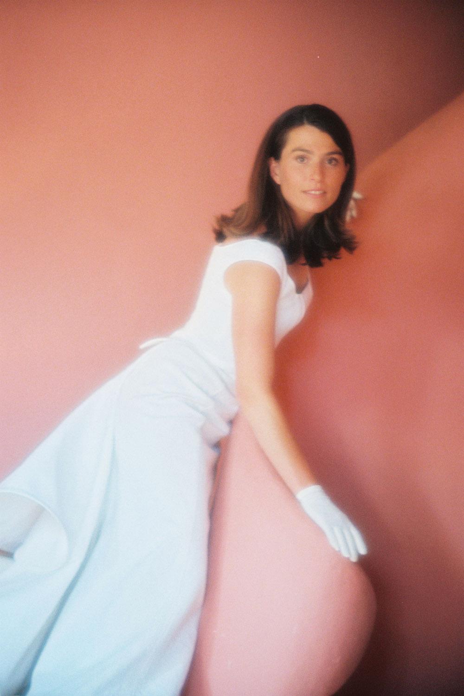 quiqui-lamothe-creatrice-robe-de-mariee-luxe-bustier-design-couture-pique-de-coton-mariees-de-aix-en