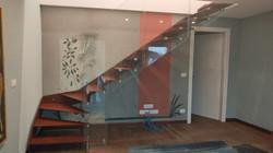 Scala con fascione e vetro