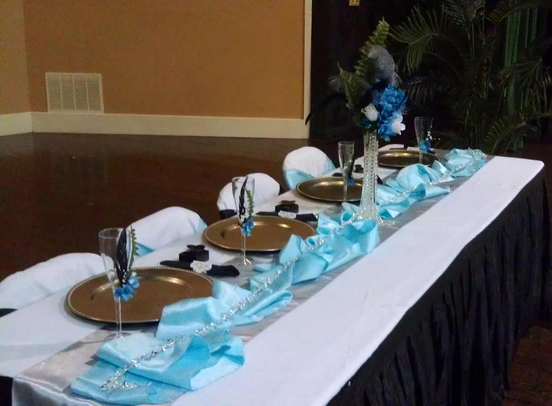 Graduation Party Side View of Headtable.jpg