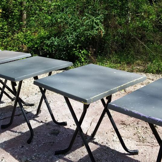 Tables_résine_avant.jpg