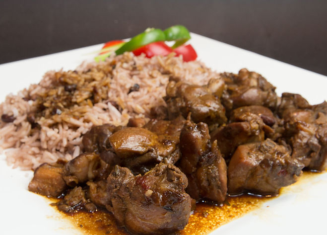 MAIN-BROWN-STEW-CHICKEN-1.jpg