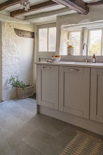 Cottage Shaker Kitchen