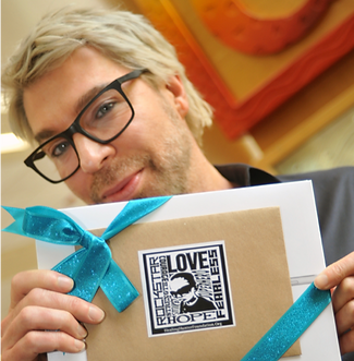Chaz Dean delivers iPad love to CHLA with Healing Hunter Foundation