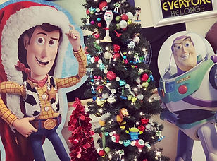 buzz_and_woody_cutouts_tree.jpg