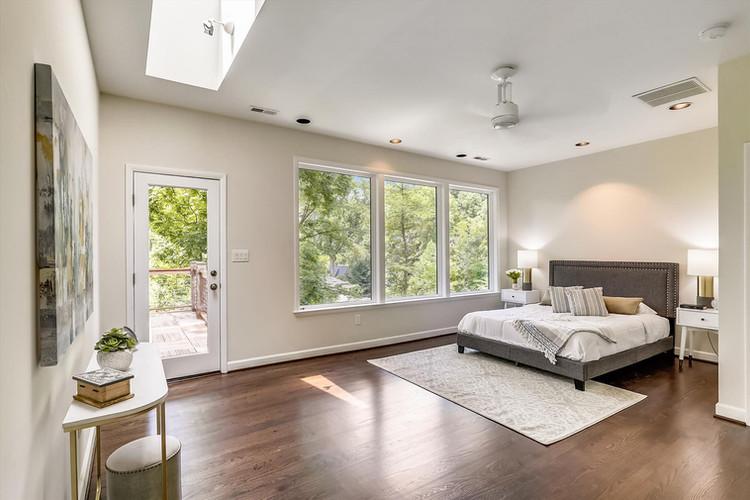 Upper Level-Master Bedroom-_S0A1192.JPG
