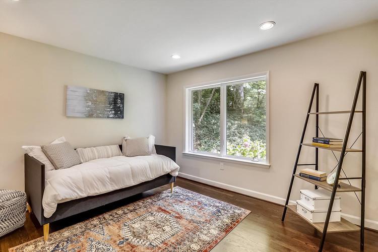Main Level-Bedroom-_S0A1037.JPG