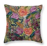 garden pillow.png