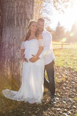 Holley & Nik Maternity shoot in Fall
