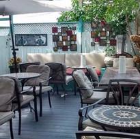 simones patio old.jpg