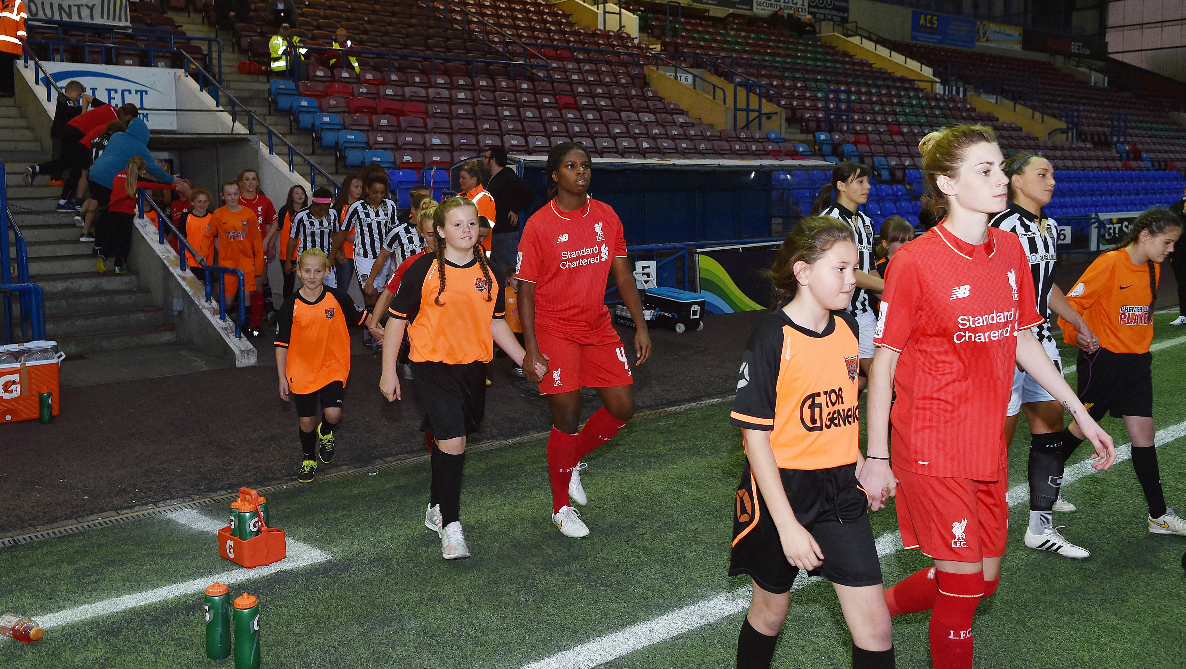 11.10.15 Liverpool Ladies Mascot 07