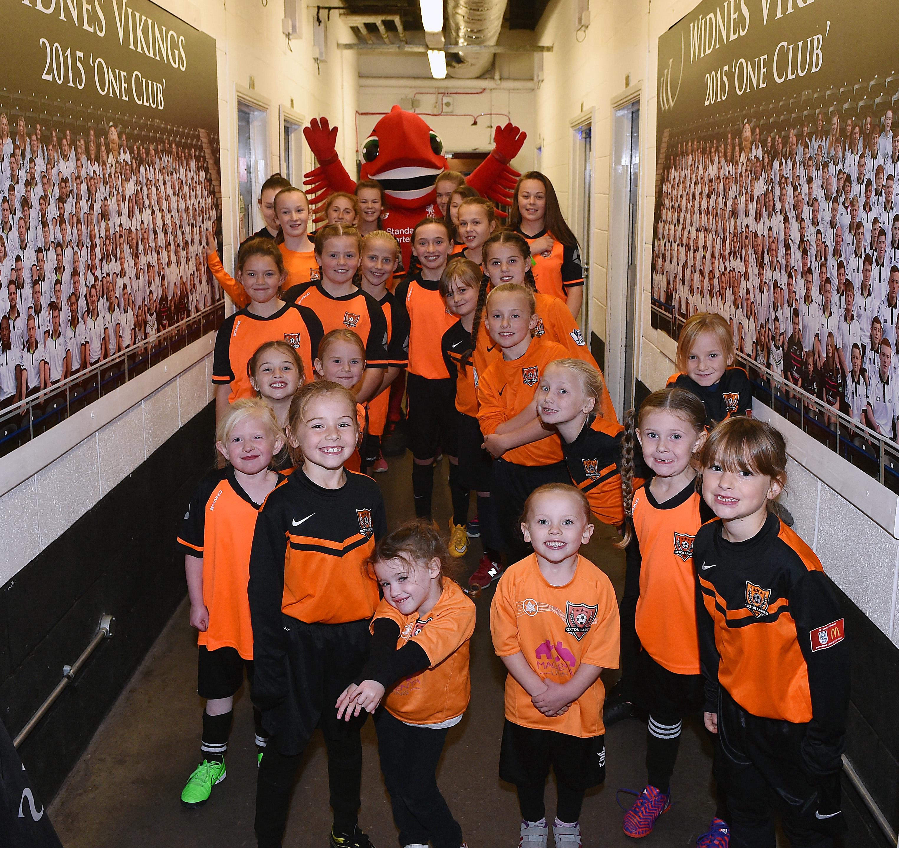 11.10.15 Liverpool Ladies Mascot 02
