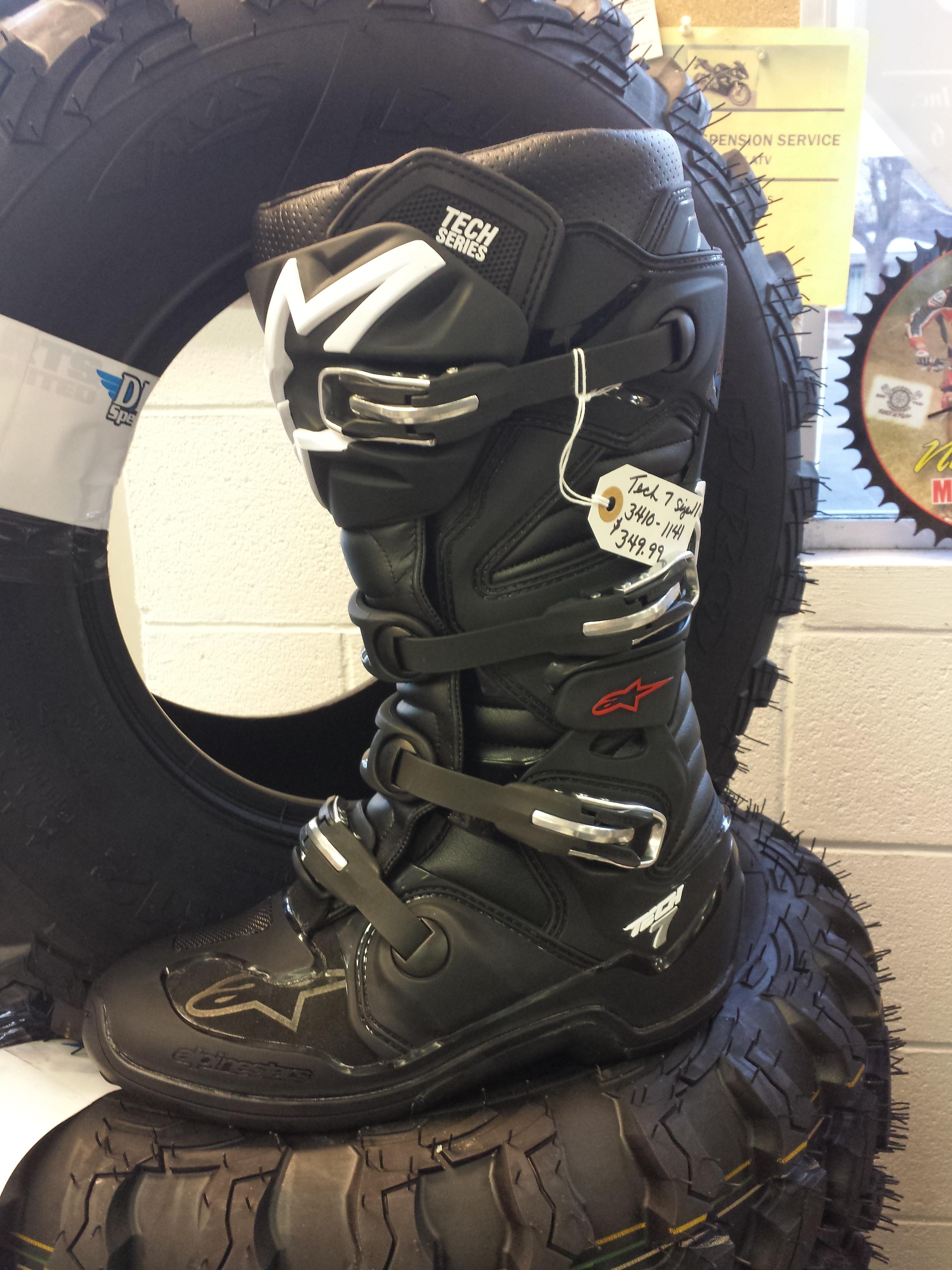 AlpineStar Boots