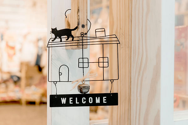 black-steel-welcome-hanging-signage-1406