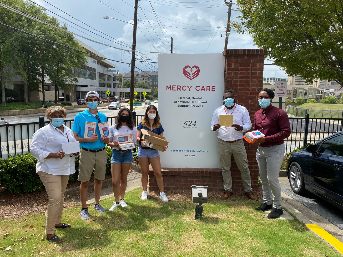 A federally qualified health center and Atlanta's only healthcare for the homeless program (330h), Mercy Care accepts most insurances plans, Medicare and Medicaid and offers a sliding fee scale based on household income for the uninsured. There are multiple Mercy Care clinics in the Atlanta area, and we hope to deliver devices to more of the Mercy Care clinics in Georgia.