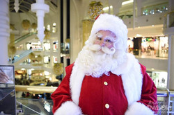 Santa out doing a spot of shopping