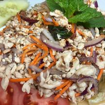 Laab Gai (Chicken Salad)