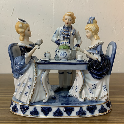 Figurine en faïence - N050