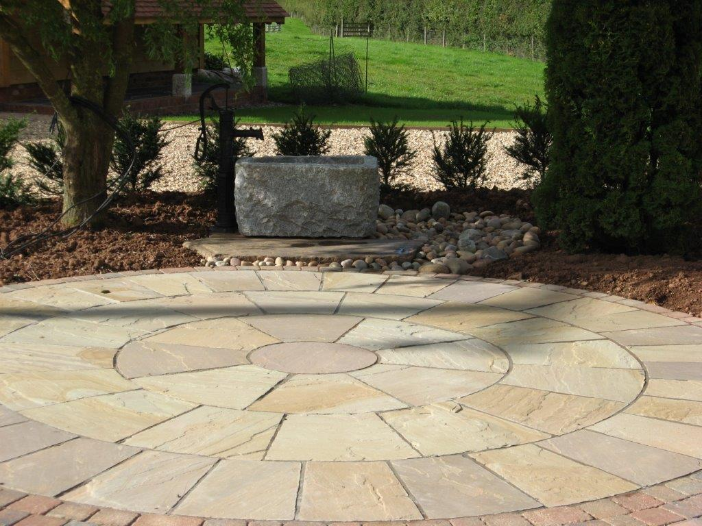 Natural Stone Fossil Mint Circle with Pavers