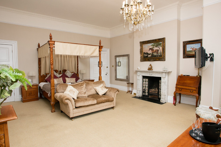 Accommodation at Orchardleigh House.jpg