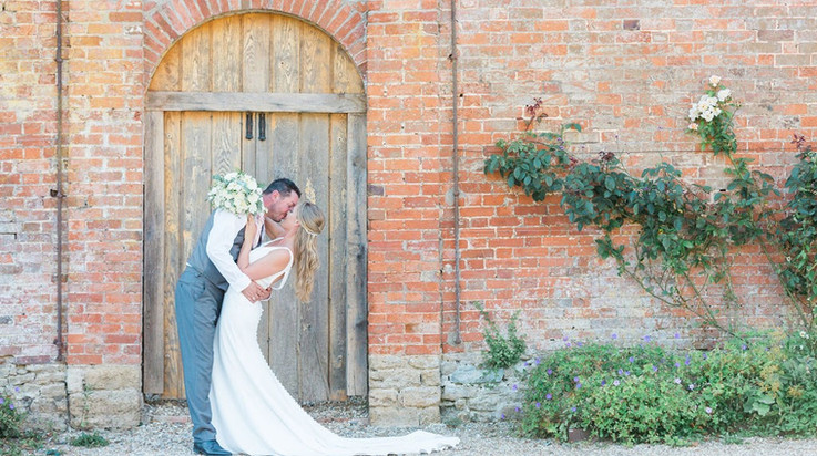 Orchardleigh-wedding-photographer_edited