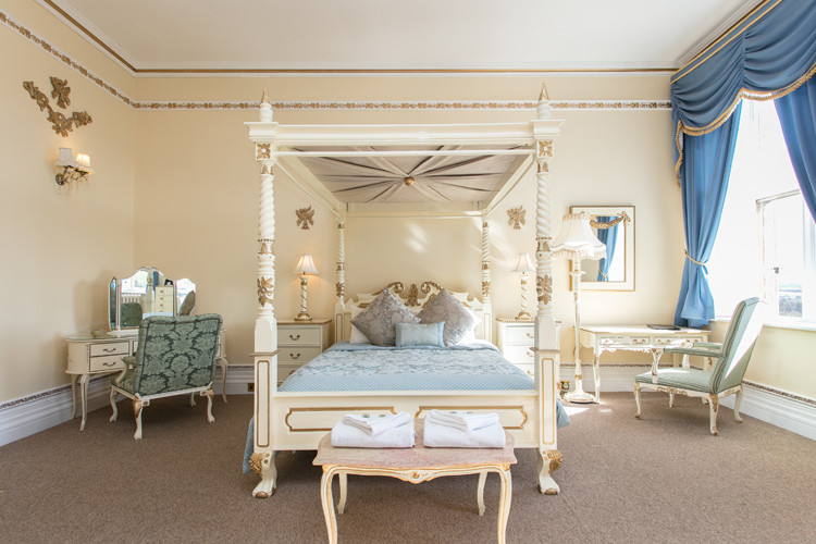 Accommodation at Orchardleigh House .jpg