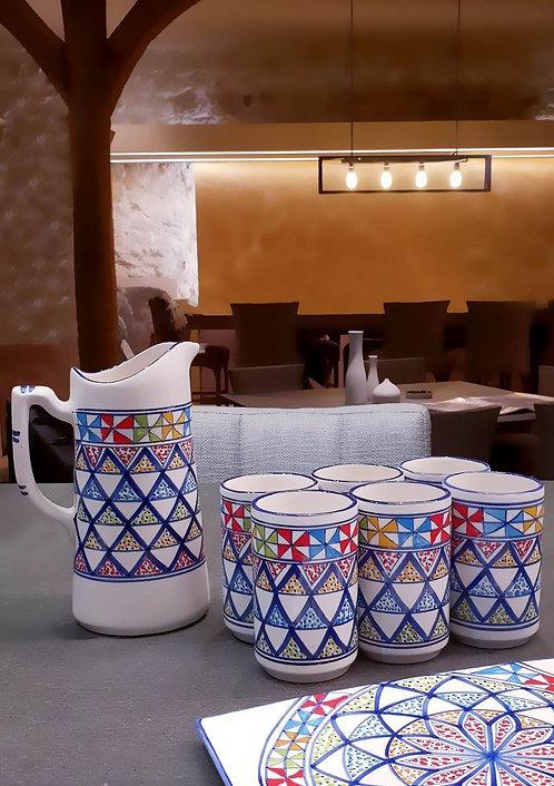 Vaisselle aux couleurs méditerranéennes