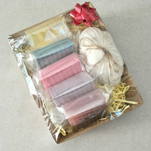 Gift Hamper with 5x Assorted Goat's milk soaps